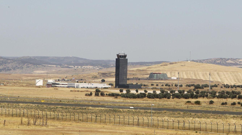 Foto: El aeropuerto de Ciudad Real sigue quemando etapas en su frustrado proceso de subasta. (EFE/Mariano Cieza Moreno)