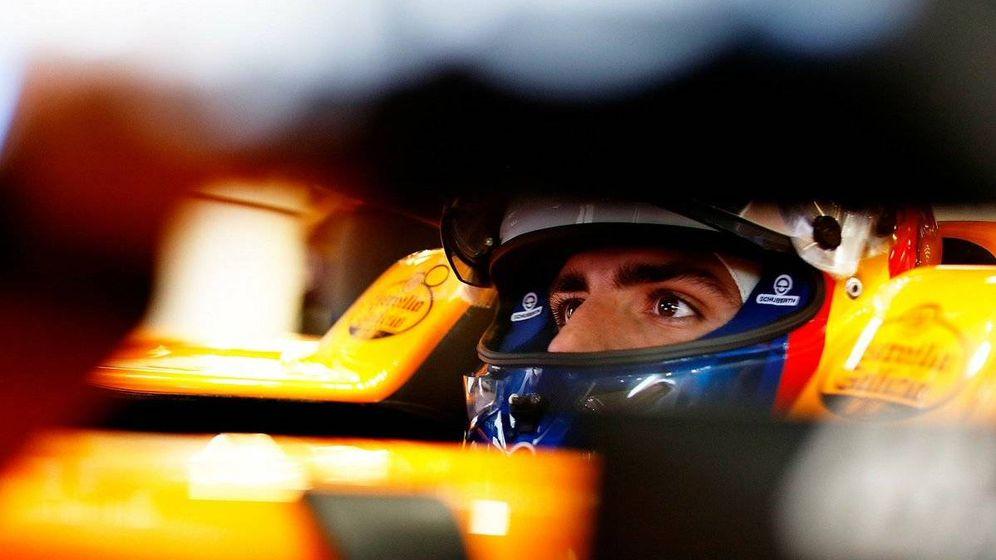 Foto: Carlos Sainz perdió una gran oportunidad en los entrenamientos del Gp de Azerbaiyán, pero aún así arrancará desde la décima posición. (McLaren)