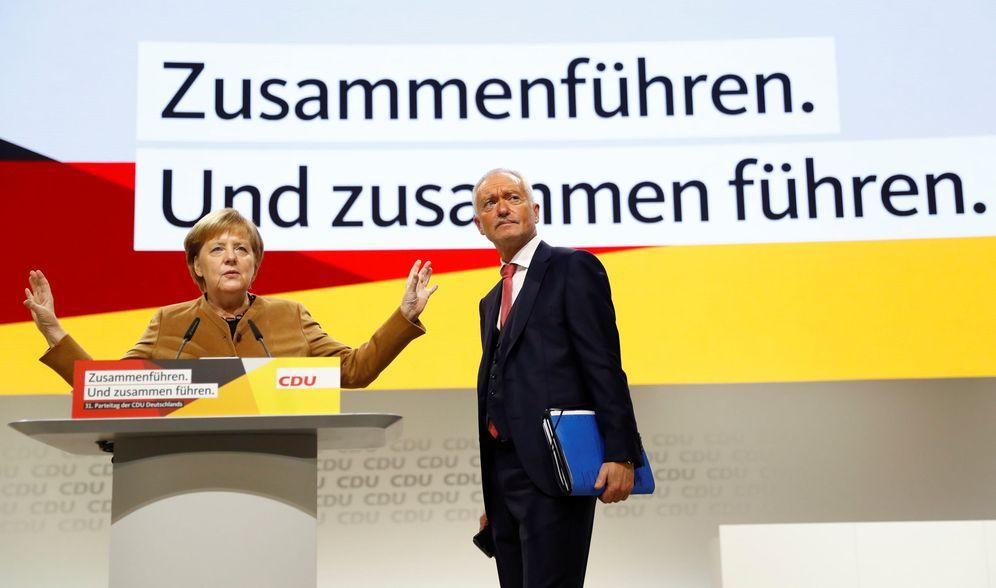 Foto: La canciller alemana Angela Merkel durante su intervención en el congreso de su partido en Hamburgo. (Reuters)