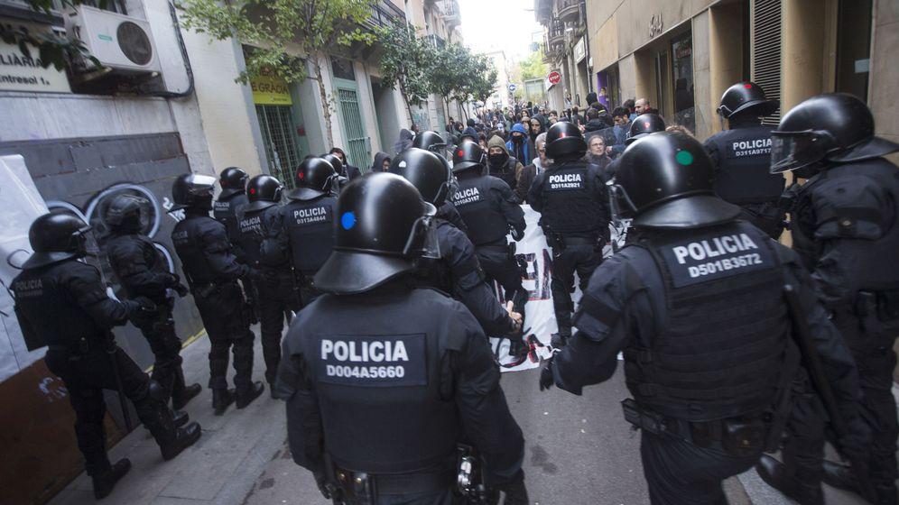 Foto: Mossos d'Esquadra en Barcelona. (EFE)