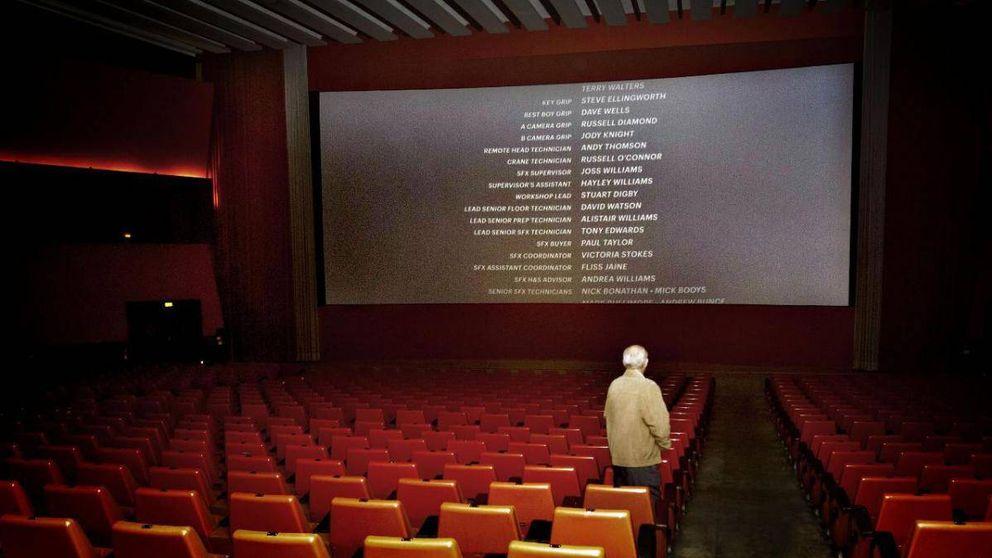 Los cines hacen el agosto con la bajada del IVA: suben sus precios un 9%