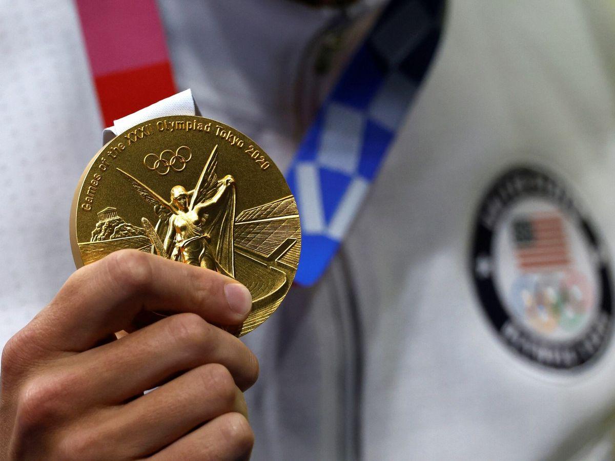 Foto: La medalla de oro de Caeleb Dressel, nadador estadounidense. (EFE)