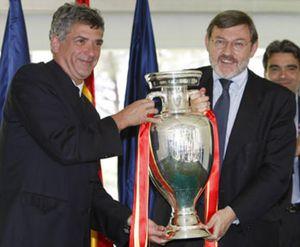 Villar hace oficial la candidatura para organizar el Mundial de 2018 tras presentársela a Lissavetzky