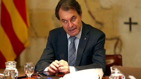El Constitucional declara inconstitucional la consulta del 9N