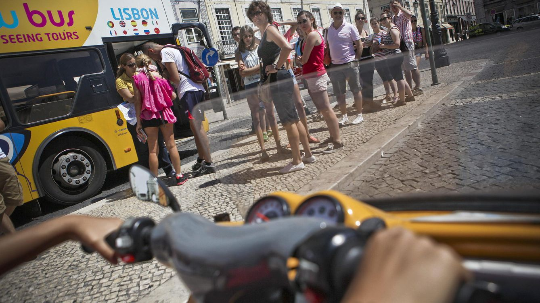 Portugal se convierte en la Mallorca de los españoles: No somos una provincia extra