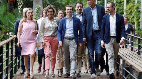 Casado empuja a Sánchez al 155 duro que no aplicó Rajoy en una Junta sin barones