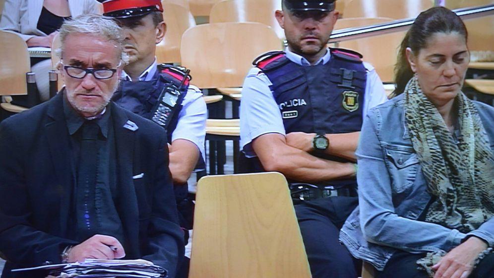 Foto: Fernando Blanco y Marga Garau, padres de Nadia, el viernes en el juicio. (Europa Press)