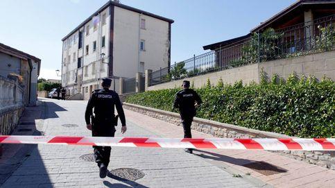 Un identificado por disparar a una casa con una bandera en favor de los presos de ETA