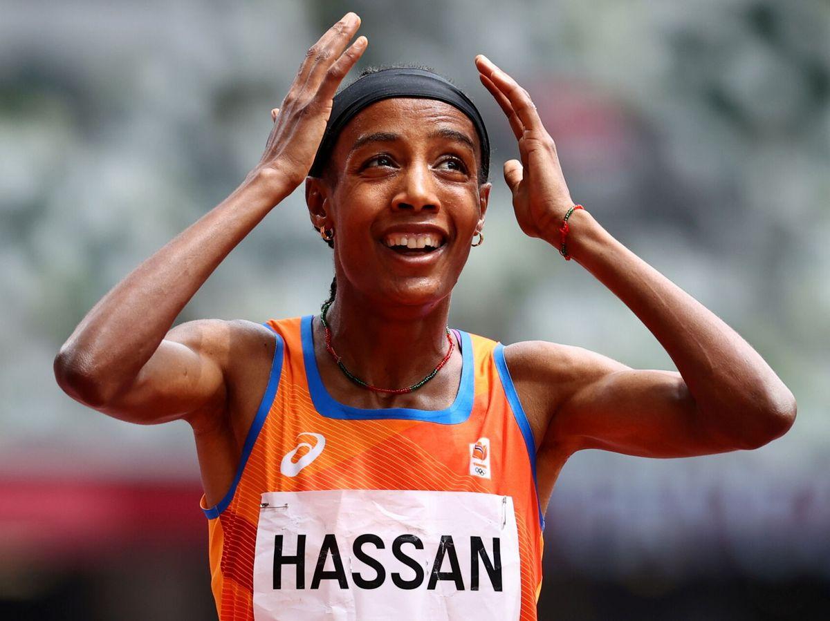 Foto: La neerlandesa Sifan Hassan, que acabó primera tras una caída en la última vuelta. (Reuters)