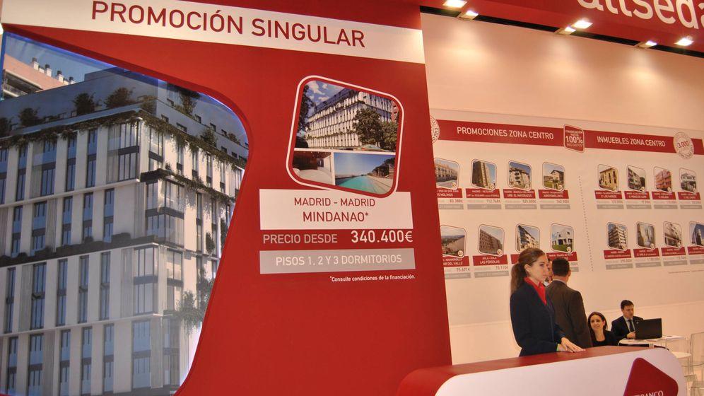 Foto: Stand de Aliseda en el Salón Inmobiliario de Madrid. (El Confidencial)