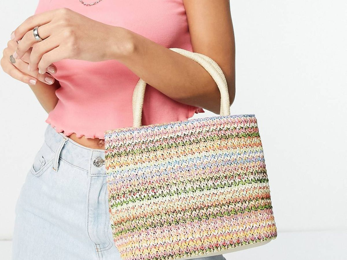 Foto: Dale un giro de estilo a tus looks con este bolso de Asos. (Cortesía)
