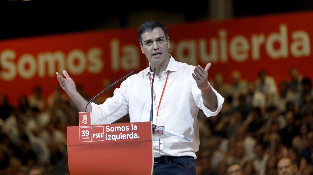 Foto: El secretario general del PSOE, Pedro Sánchez, en el Congreso Federal del partido. (EFE)