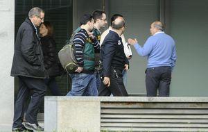 Los funcionarios de 'Enredadera' se vendieron por un cable de 14 euros