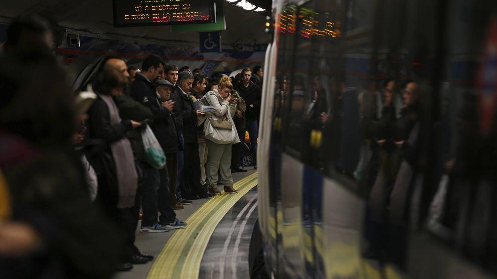 Foto: Una de las estaciones del metro en Madrid. (Reuters)
