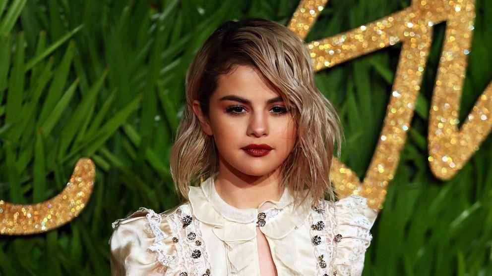 Todos los secretos del look de Selena Gomez
