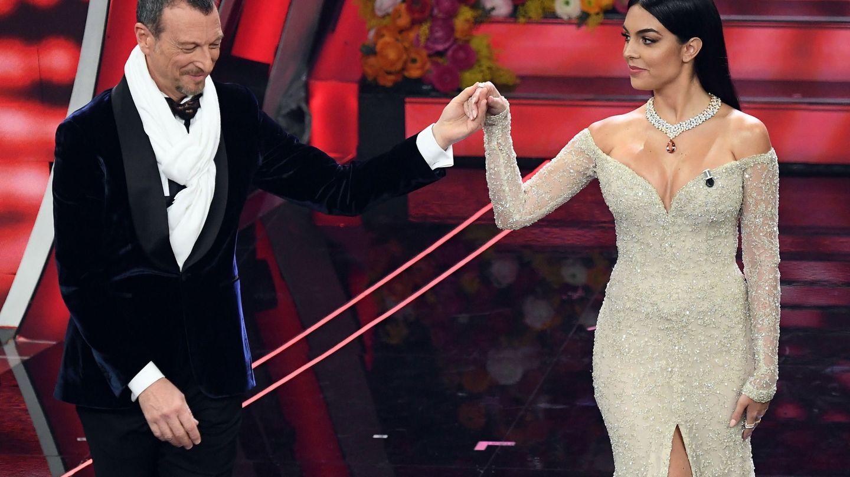 El director artístico del Festival de Sanremo, Amadeus, y la modelo Georgina Rodríguez. (EFE)