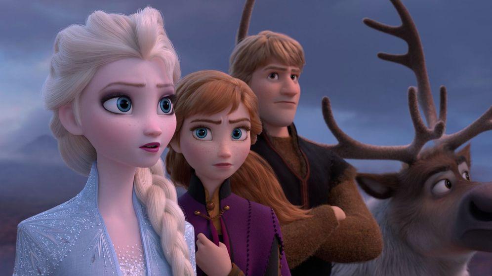 Foto: Elsa y Anna en una imagen de 'Frozen 2'. (Disney)