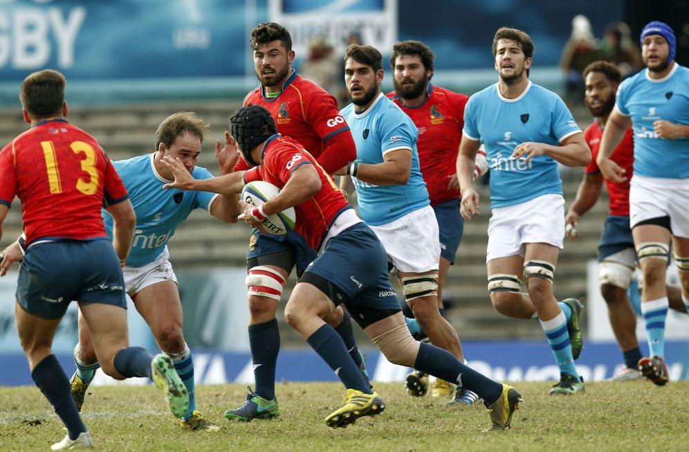 Foto: Imagen de un partido entre España y Uruguay. (EFE)