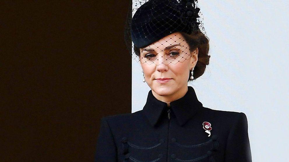 El vestido que Kate Middleton siempre tiene que llevar en su maleta y por qué