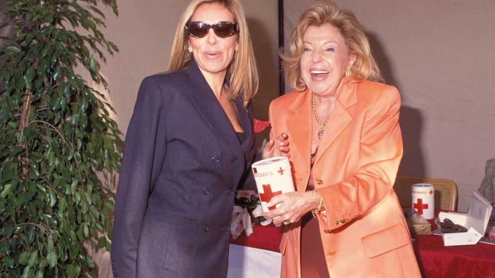 Foto: Ana Obregón junto a su madre en una imagen de archivo (Gtres)