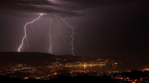 Agosto ha dejado en la península y Baleares 776.000 rayos, la cifra más alta del milenio