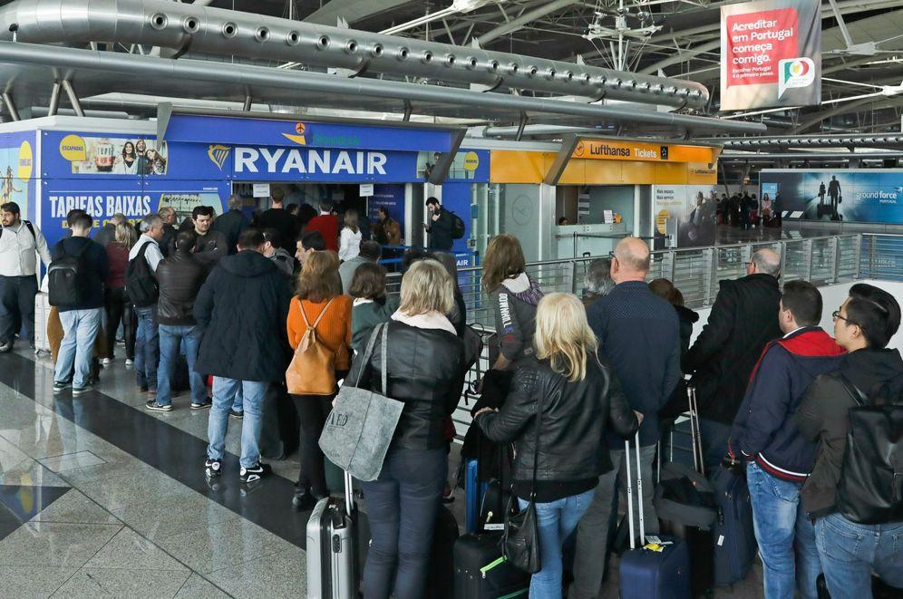 Foto: La primera huelga de auxiliares de vuelo tuvo lugar en Portugal a principios de abril. (EFE)