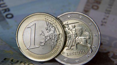 El saldo en depósitos se eleva un 3% en dos años en pleno desplome de la rentabilidad