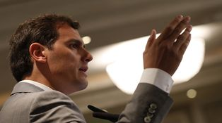 Por qué C's ha empezado a repartir (y por qué Rivera fue a Venezuela)