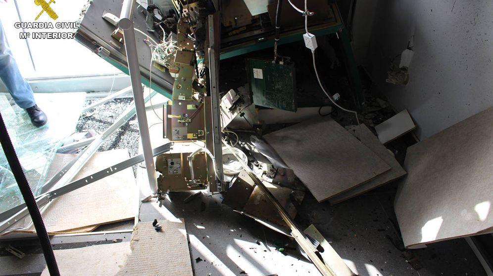 Foto:  Así quedó uno de los cajeros reventados por la banda con explosivo TATP.