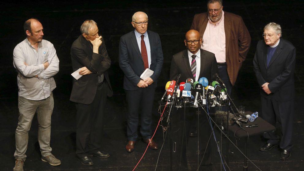 La Justicia francesa toma declaración a los 'mediadores' en el desarme de ETA