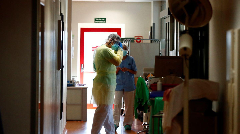 Exterior de una UCI del Hospital Ramón y Cajal. (Reuters)