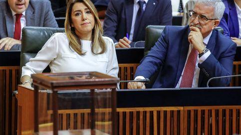 El PSOE andaluz se estrena en la oposición con Rivera como diana de duros ataques