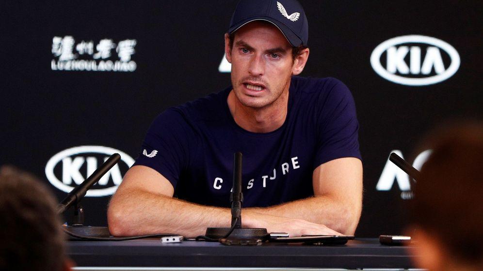Foto: Andy Murray, durante la rueda de prensa en la que ha anunciado su posible retirada. (EFE)