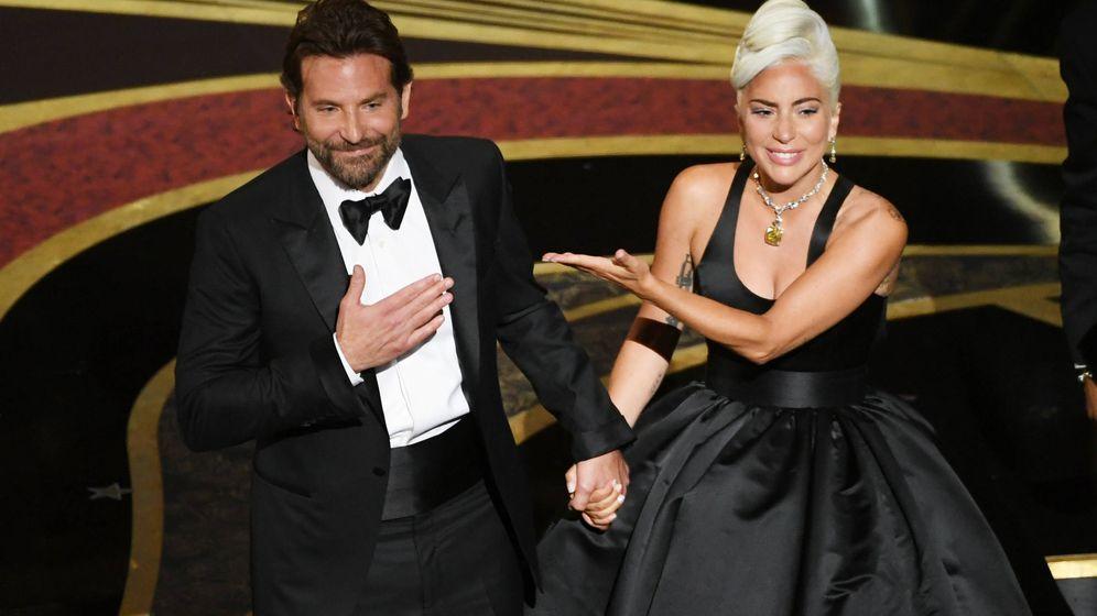 Foto: Cooper y Gaga en los pasados Oscar. (Getty)
