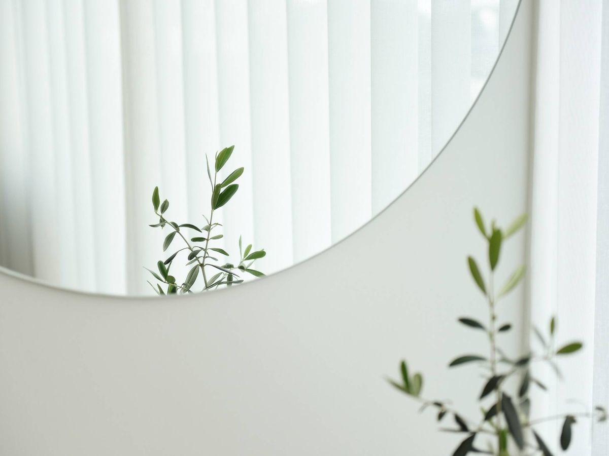 Foto: Espejos de Zara Home perfectos para tu dormitorio. (Suhyeon Choi para Unsplash)