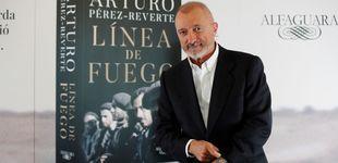 Post de Arturo Pérez-Reverte se hace comunista