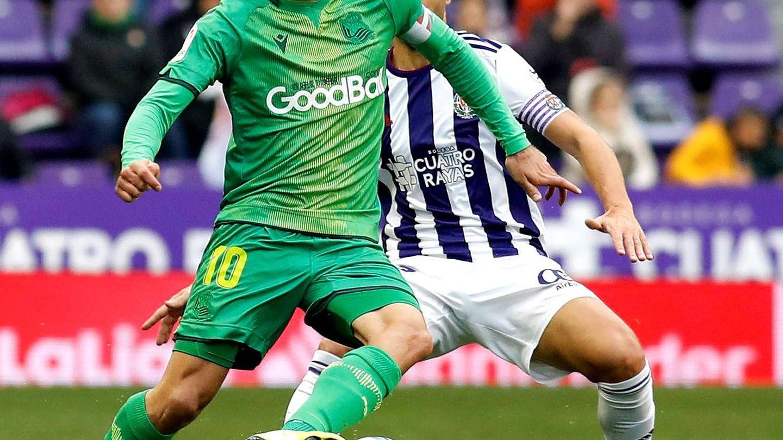 Mikel Oyarzabal, en el último partido de la Real, en Valladolid. (EFE)