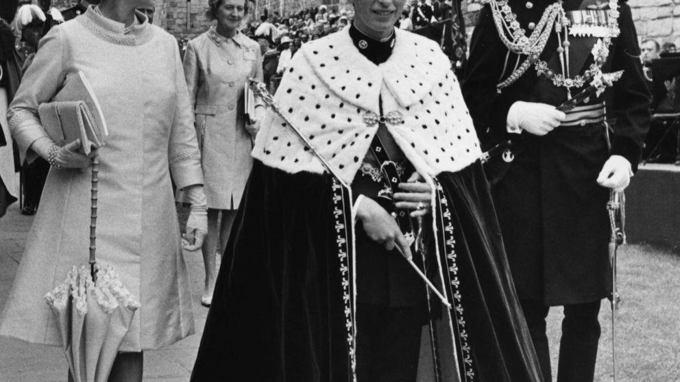 El secreto de la corona del príncipe Carlos: esconde una pelota de ping pong