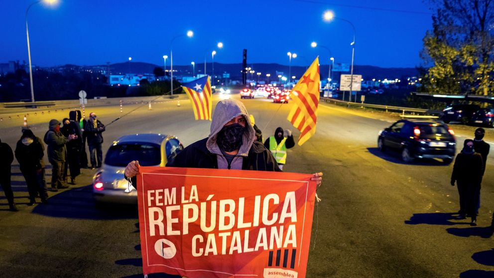 Los CDR calientan la calle y ensayan tácticas para paralizar Cataluña el 21-D