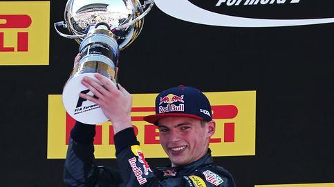 Verstappen y el mismo tufo a campeón que Senna en el 84... y con Sainz a rebufo