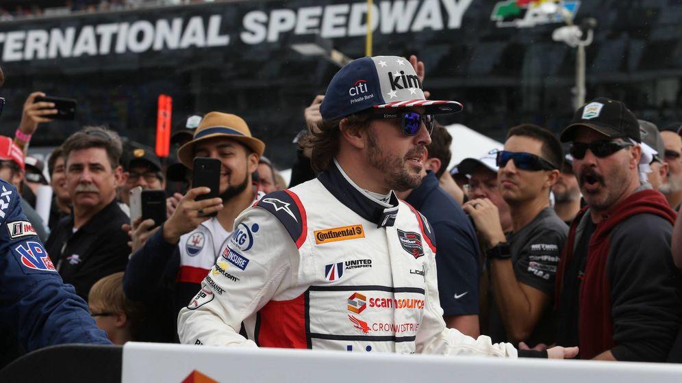 Foto: Las 500 Millas de Indianápolis y las 24 Horas de Daytona han impulsado la imagen de Fernando Alonso en Estados Unidos. (Imago)