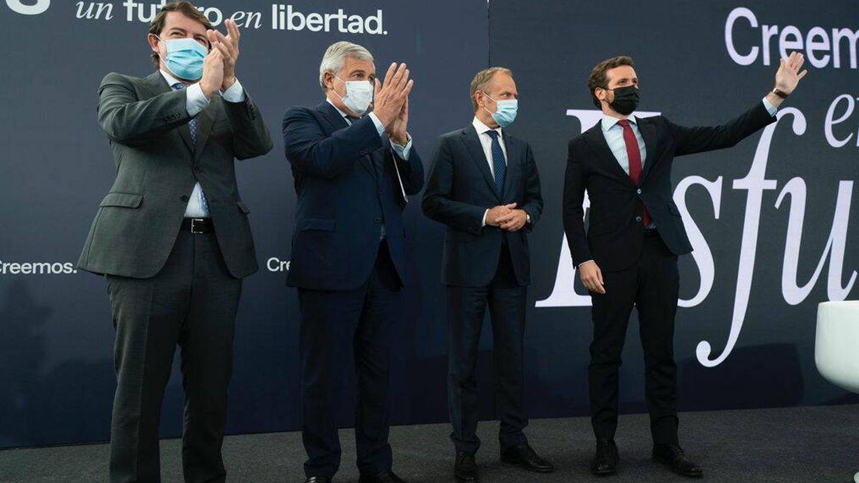 Casado, Tusk, Tajani y Mañueco. (David Mudarra)