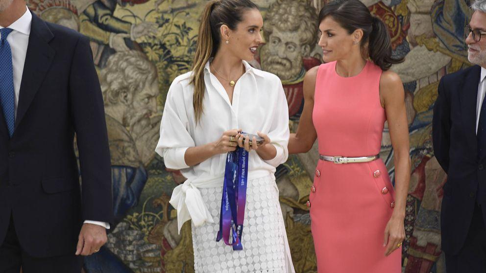 Letizia se deshace en atenciones con Ona Carbonell recuperando el polémico 'Melania'