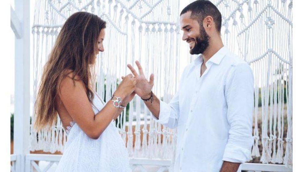 Foto: La foto que confirma la boda de Malena Costa y Mario Suárez. (Redes)