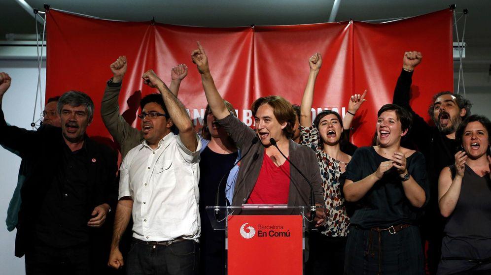 Foto: Ada Colau, líder de Barcelona en Comú, celebra los resultados electorales del 24-M. (Reuters)
