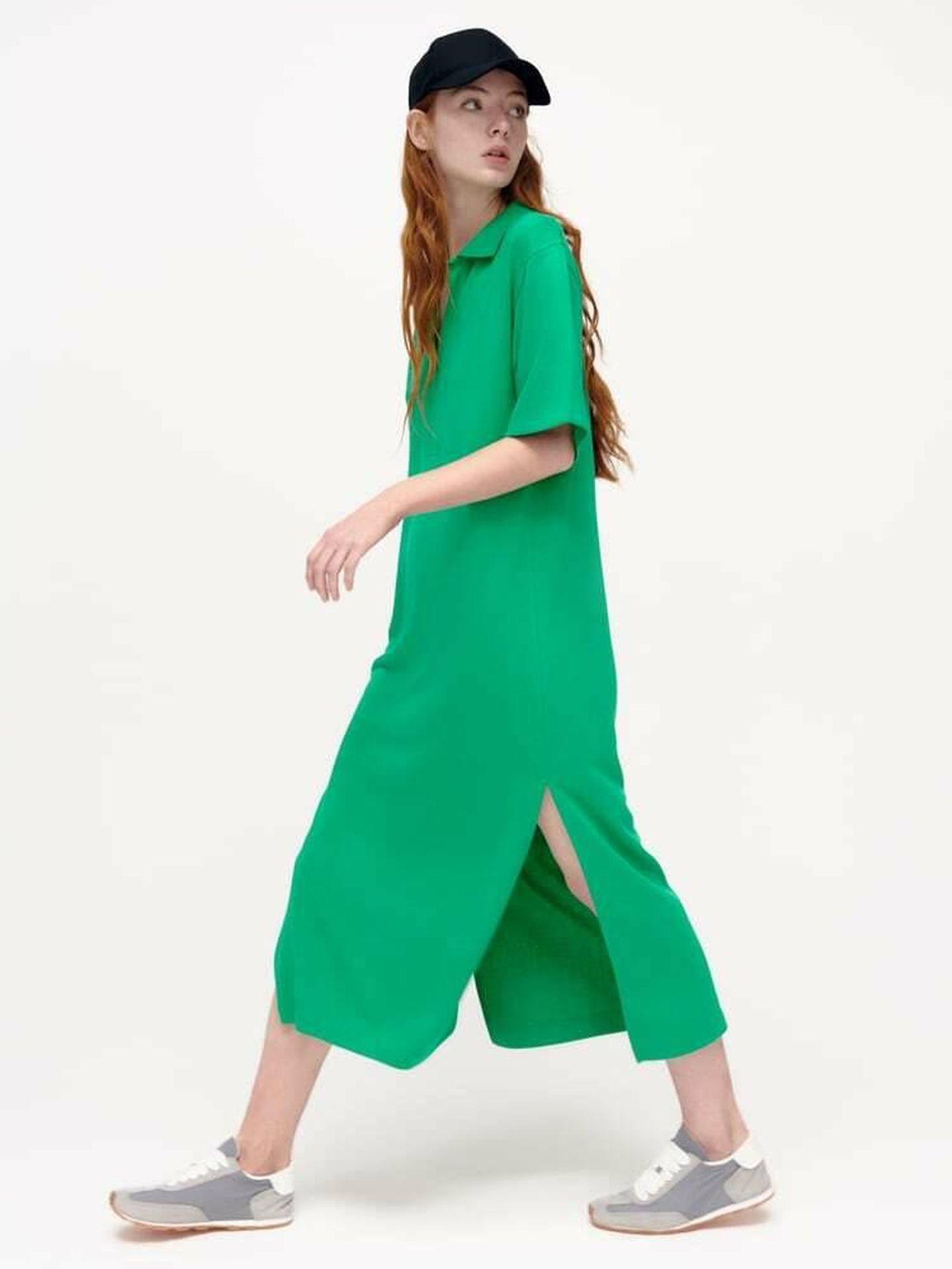 El nuevo vestido de Zara en color verde esmeralda. (Cortesía)
