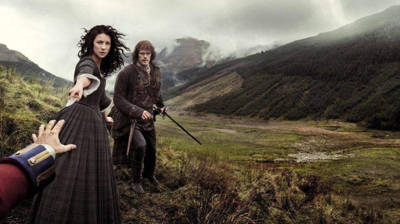 Imagen promocional de la primera temporada de 'Outlander'. (Movistar)