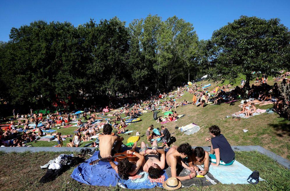 Foto: El público del festival en la jornada de ayer (EFE)