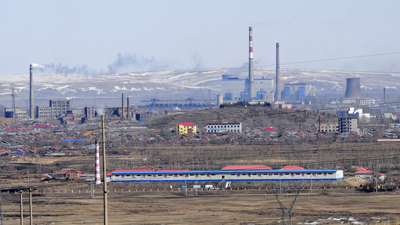 Planta térmica en China. (Foto: Zigor Aldama)