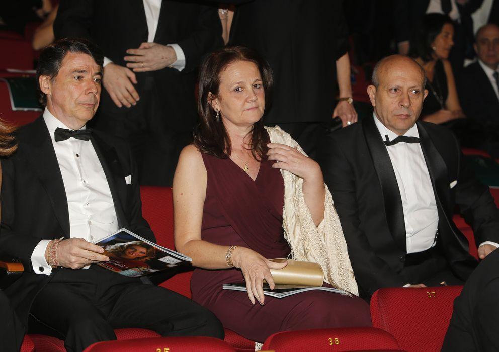 Foto: La secretaria de Estado Montserrat Gomendio junto a su pareja, el ministro José Ignacio Wert (Gtres)